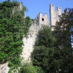 Castle Overlooking Lake Garda for Sale image 3