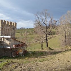 Castle in Le Marche for Sale image8