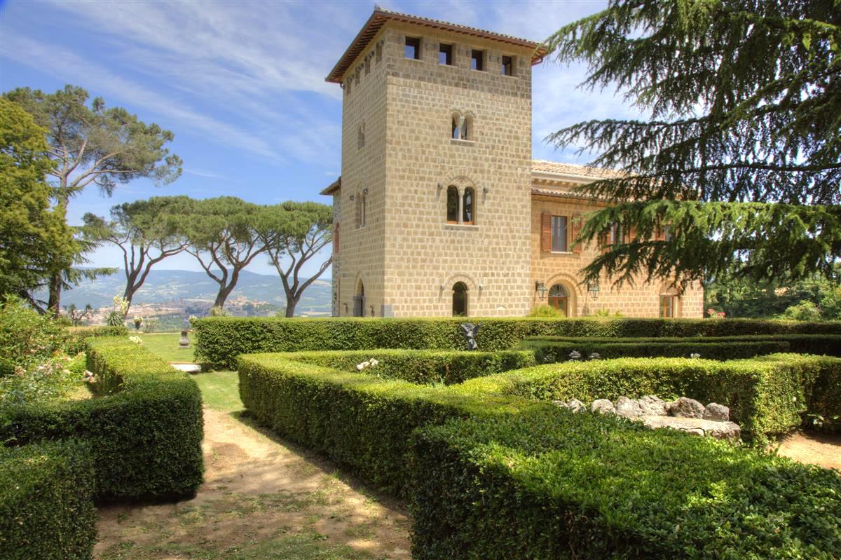 Villa del cantico di orvieto cqbd 1 casa tuscany for Hotels in orvieto with swimming pool
