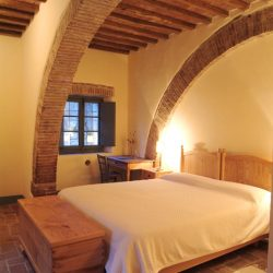 Val D'Orcia Estate with Organic Farm and Apartments (15)