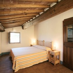 Val D'Orcia Estate with Organic Farm and Apartments (20)