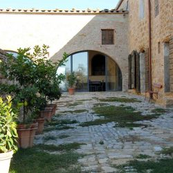 Val D'Orcia Estate with Organic Farm and Apartments (40)