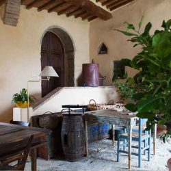 Val D'Orcia Estate with Organic Farm and Apartments (41)