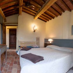 Val D'Orcia Estate with Organic Farm and Apartments (48)