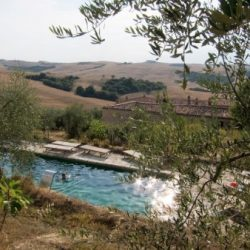 Val D'Orcia Estate with Organic Farm and Apartments (9)