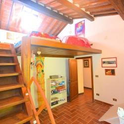 5 Bedroom Farmhouse near Trequanda 12