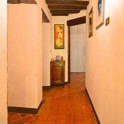 5 Bedroom Farmhouse near Trequanda 11