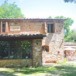 5 Bedroom Farmhouse near Trequanda 2