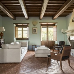 Farmhouse + 2 Annexes with 30 Hectares of Land 26