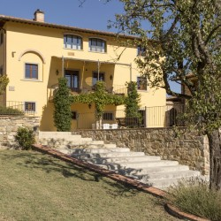 Farmhouse + 2 Annexes with 30 Hectares of Land 8