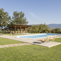 Farmhouse + 2 Annexes with 30 Hectares of Land 10