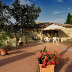 Val d'Orcia Farmhouse with Pool for Sale image 10