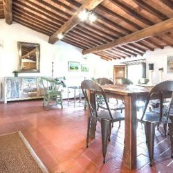 Chianti Apartment with Pool and Tennis Court Image 10