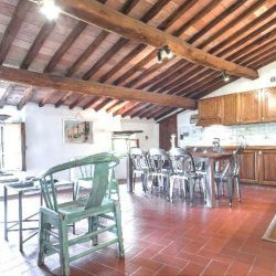 Chianti Apartment with Pool and Tennis Court Image 7