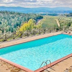 Chianti Apartment with Pool and Tennis Court Image 14