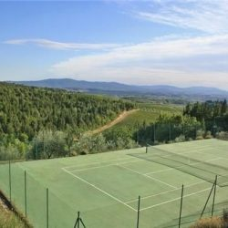 Chianti Apartment with Pool and Tennis Court Image 2