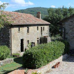 Castle near Cortona Image 6