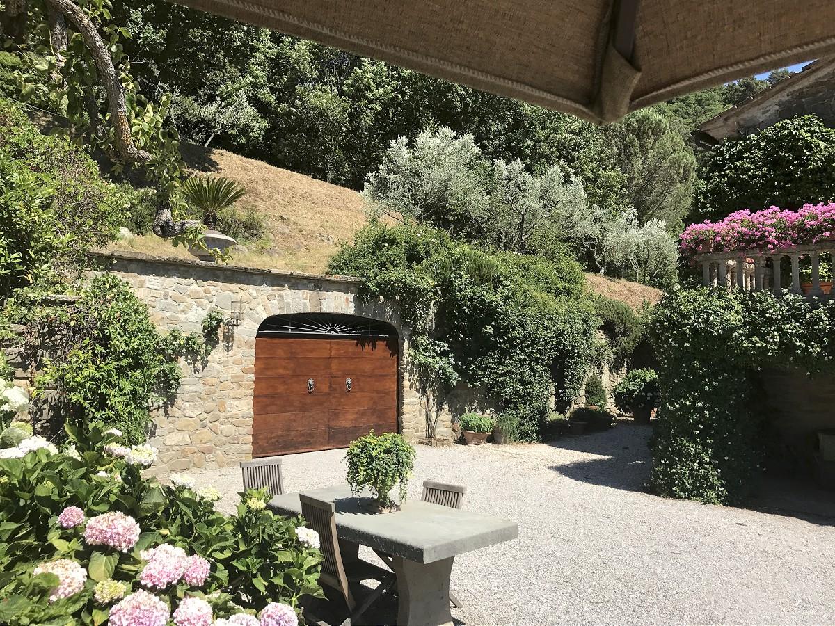 Villa torretta 10 1200 casa tuscany for Villa torretta
