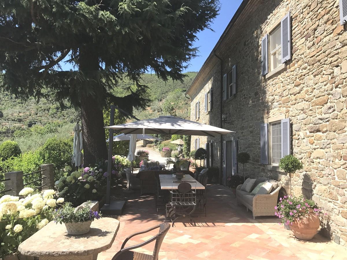 Villa torretta 22 1200 casa tuscany for Villa torretta