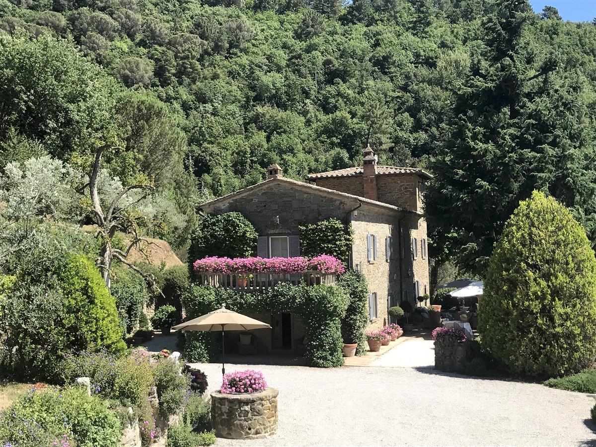 Villa torretta 6 1200 casa tuscany for Villa torretta