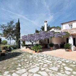 Le Marche Coast Villa Image 14