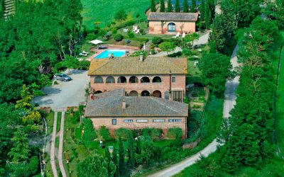 Beautiful Villa with Loggia + 4 Apartments