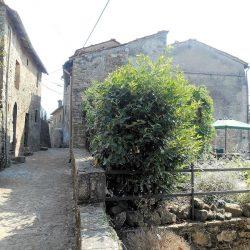 Village House near Bagni di Lucca Image 7
