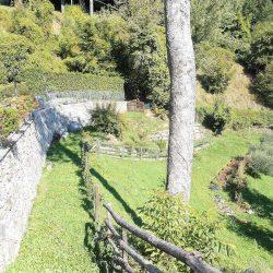 Molazzana Farmhouse Image 12