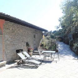 Molazzana Farmhouse Image 1