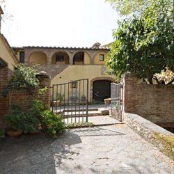 Crete Senesi Villa Image 25