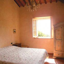 Chianni Farmhouse Image 17