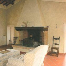 Chianni Farmhouse Image 13