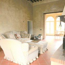 Chianni Farmhouse Image 12