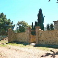 Chianni Farmhouse Image 4