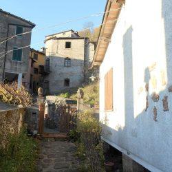 Village House near Bagni di Lucca Image 22