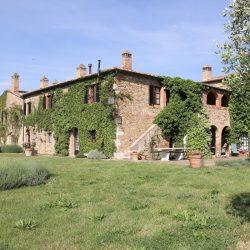 Breathtaking Farmhouse near Pienza at 53026 Pienza SI, Italy for 3900000
