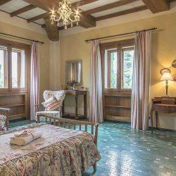 Lucca Villa Image