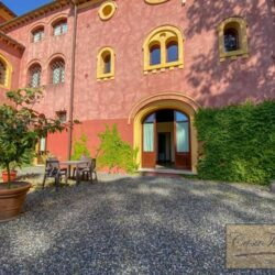 1 Bedroom Apartment in an Amazing Historic Castle (2)