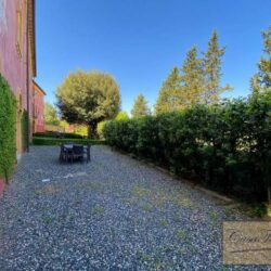 2 Bedroom Apartment in an Amazing Historic Castle 3