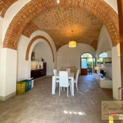 2 Bedroom Apartment in an Amazing Historic Castle 8
