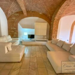 3 Bedroom Apartment in an Amazing Historic Castle 3