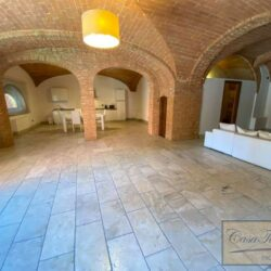 3 Bedroom Apartment in an Amazing Historic Castle 12