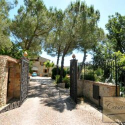 Ancient Villa With Pool Overlooking Asciano, Siena 45