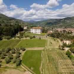 Auction Property | Breathtaking Estate Near Pescia 70