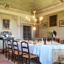 Auction Property | Breathtaking Estate Near Pescia 62