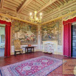Auction Property | Breathtaking Estate Near Pescia 50