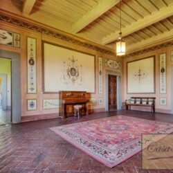 Auction Property | Breathtaking Estate Near Pescia 45