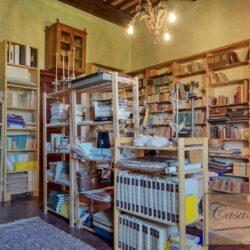 Auction Property | Breathtaking Estate Near Pescia 43