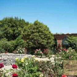 Auction Property | Breathtaking Estate Near Pescia 31