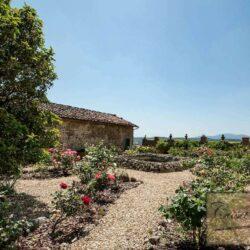 Auction Property | Breathtaking Estate Near Pescia 29